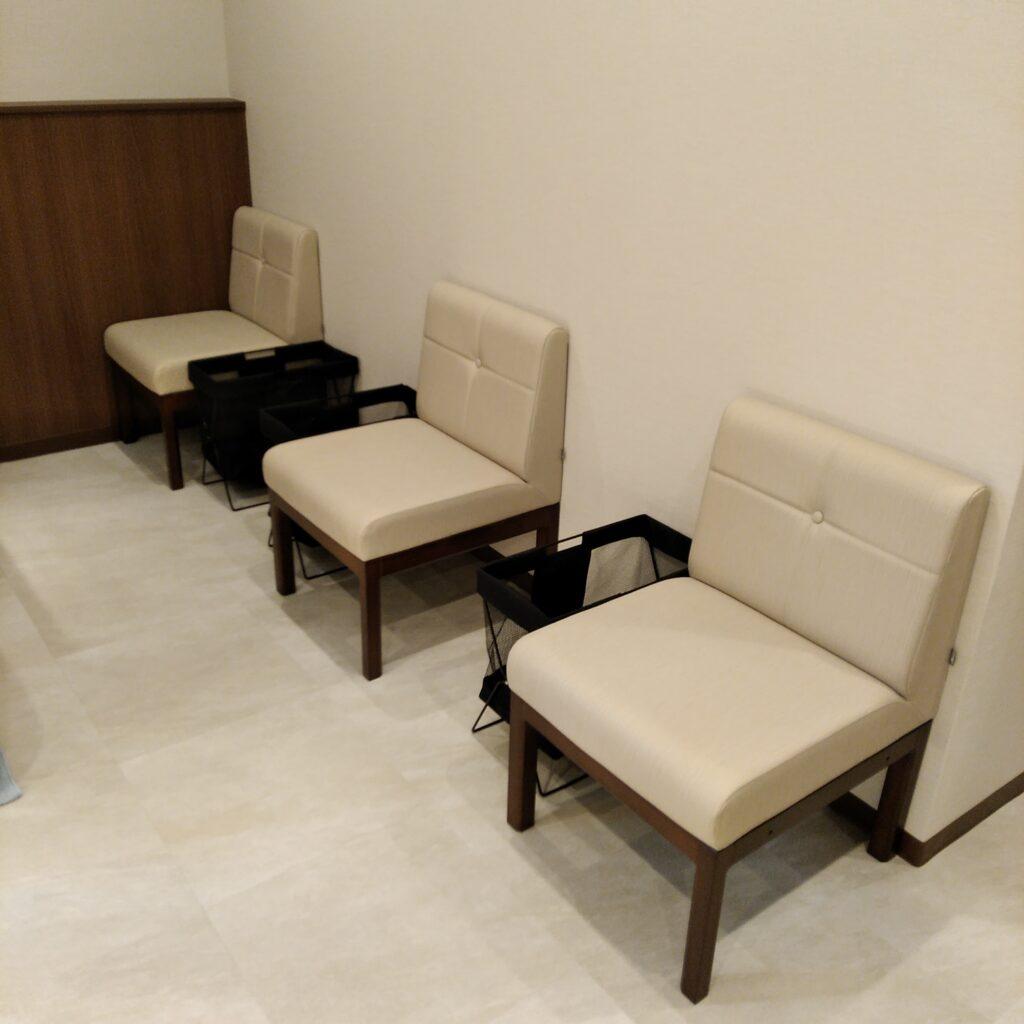 池袋のメンタルクリニックの待合室